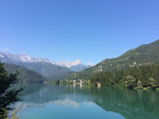 Barcis, Italie : La diga e il lago....da vedere!!!