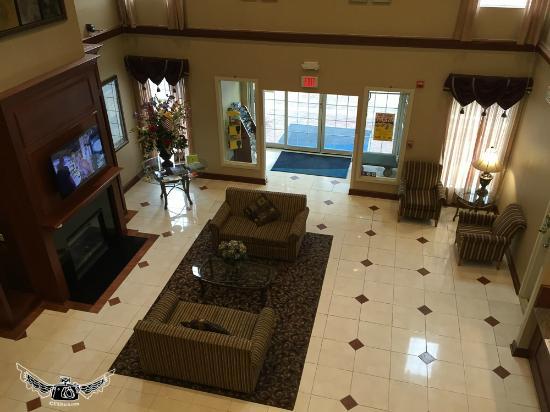 Holiday Inn Express Prince Frederick: hall