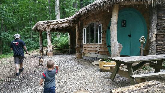 Gapland, MD: We went for a walk looking for the Hobbit House. Supre cute!
