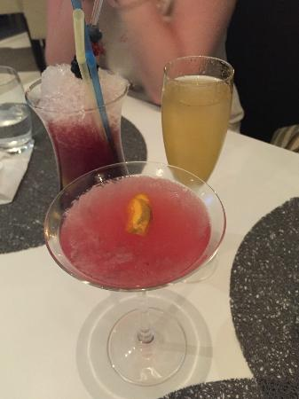 Emotions - Brunch & Cocktail Bar: Amazing Cocktails