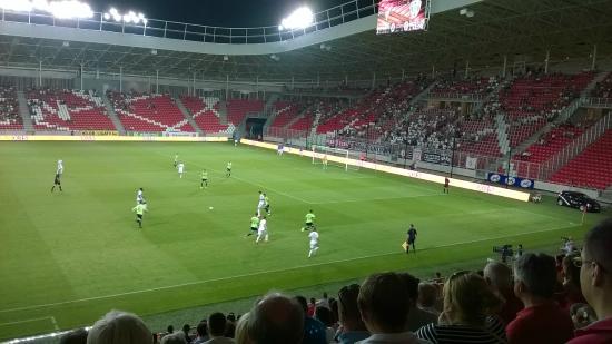 Nagyerdei Stadium  Nagyerdei Stadion 16c67c182e