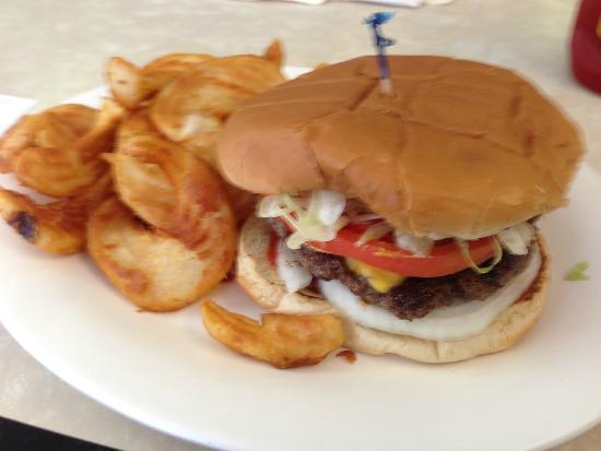 Carbon Hill, Αλαμπάμα: Cheeseburger