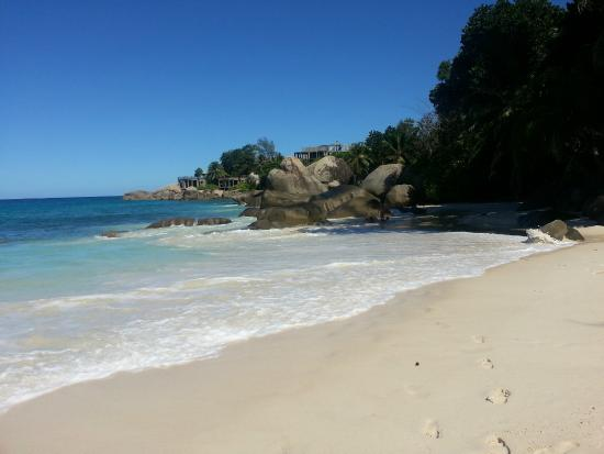 Le Bonheur Villa: beach