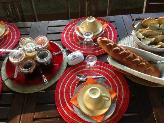 B&B La Bastide de Messine: petit déjeuner