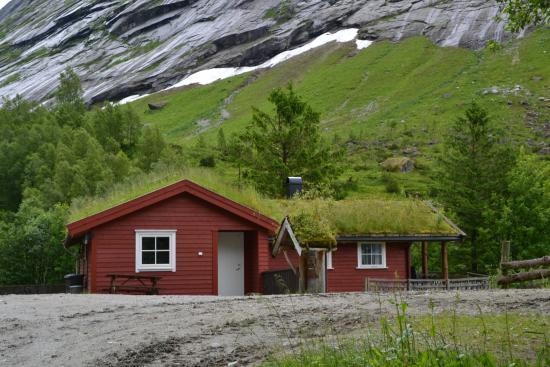 Lunde Turiststasjon: bungalows