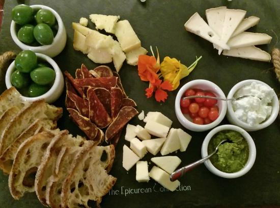The Epicurean Connection: Cheese plate