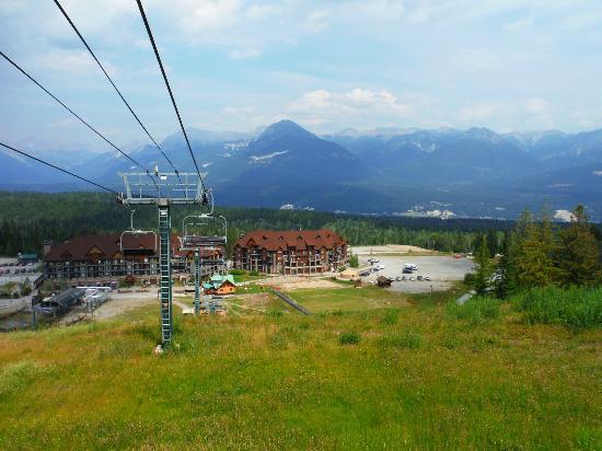 Golden, Καναδάς: The resort view