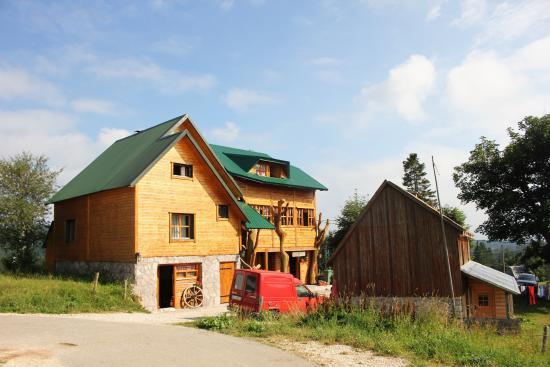 Guesthouse Planinarski dom Neviden'o