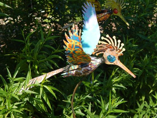 The Flying Pig: Yard Art