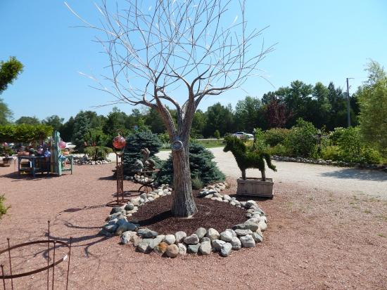 The Flying Pig: Stainless Steel Tree