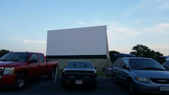 The Family Drive-In Theatre: What a great evening!