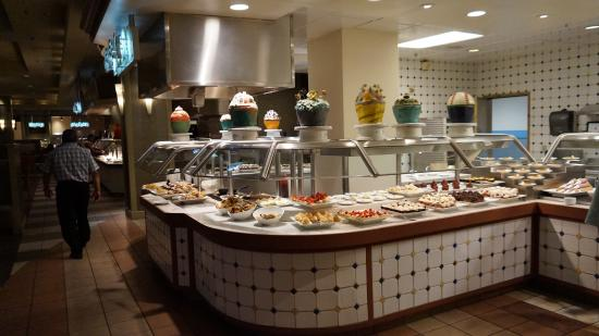 las vegas style buffet