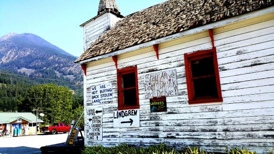 Lillooet Lake Lodge: On a roadtrip from the Lodge to D'Arcy