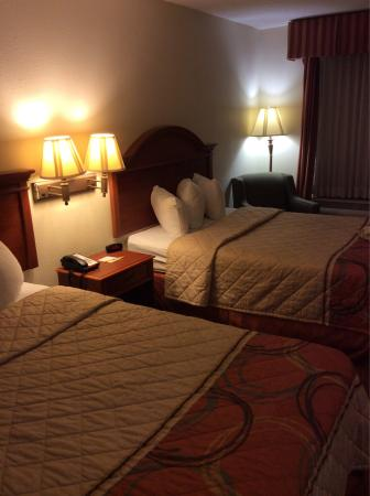 Days Inn Weldon Roanoke Rapids: photo0.jpg