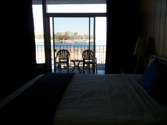 Foghorn Harbor Inn Hotel: .