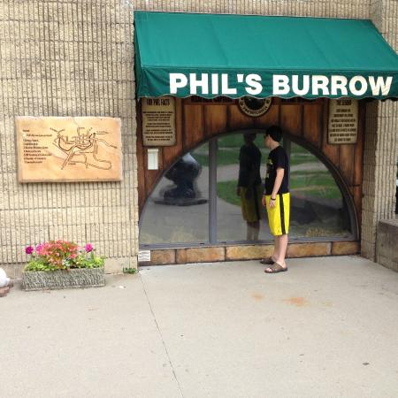 Punxsutawney, Пенсильвания: Phil's Burrow
