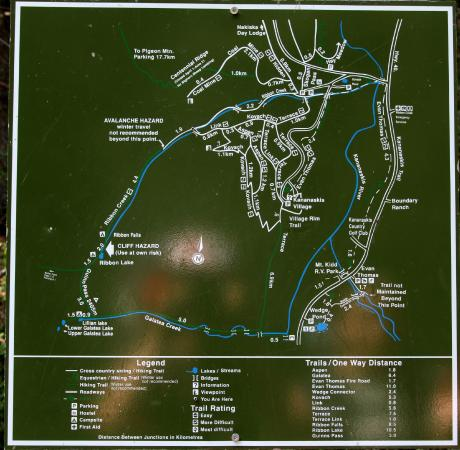 Canmore, Kanada: A map of Ribbon Creek Trail