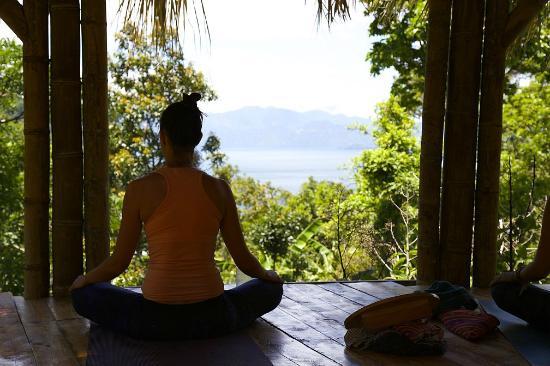 Mahadevi Ashram and Kaivalya Yoga School: Morning