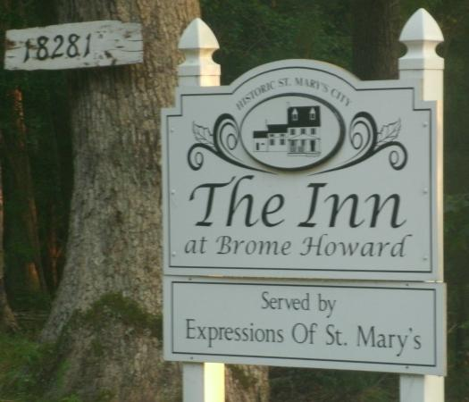 The Inn at Brome Howard : Welcome Sign on Rosecraft Avenue