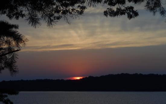 Saint Mary's City, แมรี่แลนด์: Sunset view from back yard