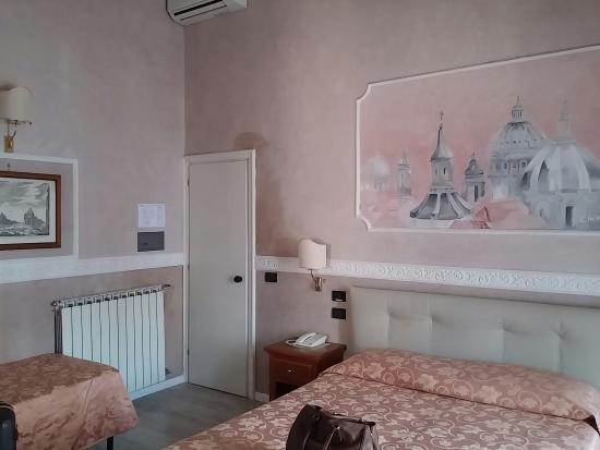 Hotel Martini: Room