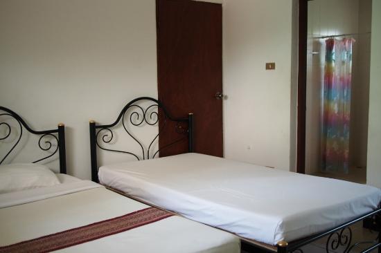 Tao Garden Health Spa & Resort: Simple Room