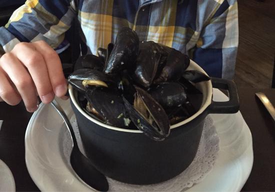 Tom Crean Fish & Wine Restaurant : photo1.jpg