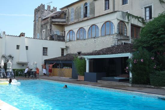 L'Abbaye Hotel : piscine