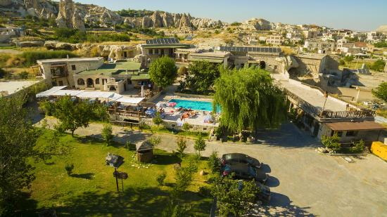 Holiday  Cave Hotel: above the Flintstones - Holiday cave