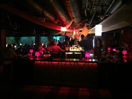 Новосибирск ночной клуб изюм стрептиз вечеринка в закрытых клубах москвы
