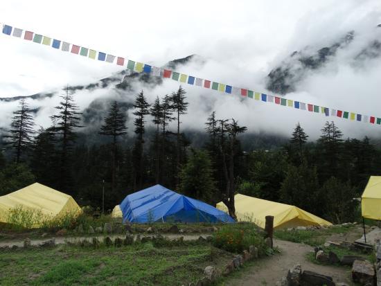 Kinner Camp Sangla: Camp & View