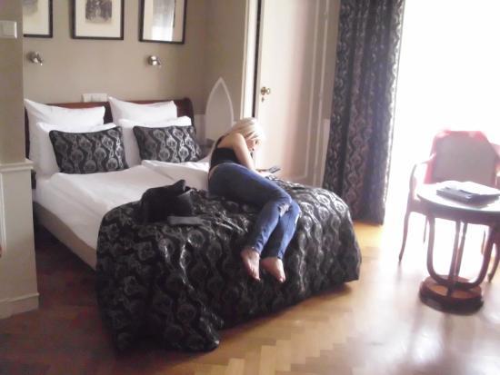 Apollofirst boutique hotel Amsterdam: room