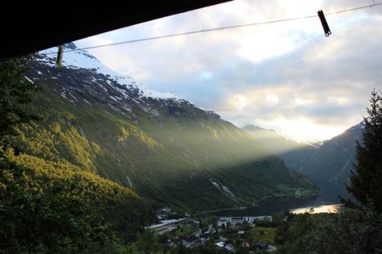 Fossen Camping: Blick aus der Hütte