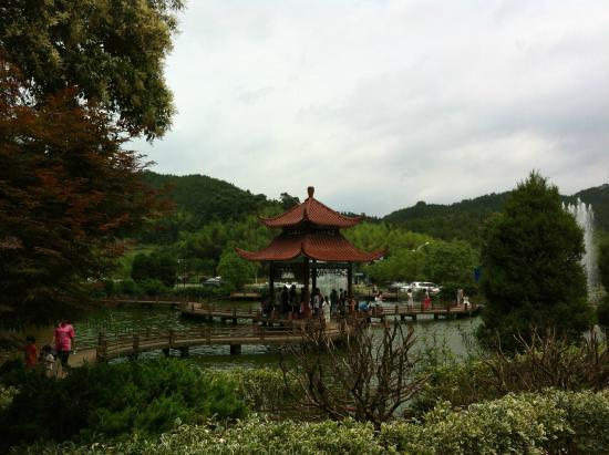 Jiangle County, China: 景區外的免票公園
