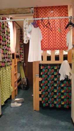 Hostel Base Point Osaka: ห้อง dorm หญิงล้วน 6 เตียง