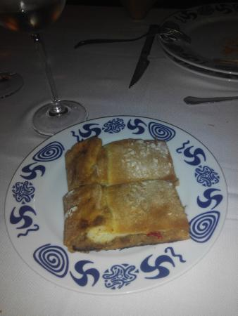 Rois, Испания: Empanada gallega