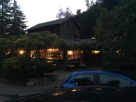 Deetjen's Big Sur Inn: photo2.jpg