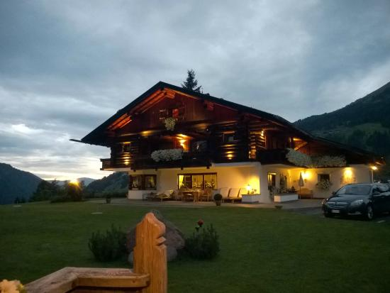 Mountain Chalet Pra Ronch : Vista esterno