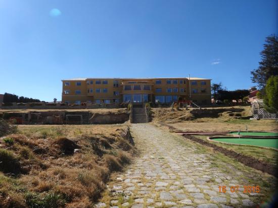 Hotel Gloria Copacabana: Vue de l'hôtel côté Lac Titicaca