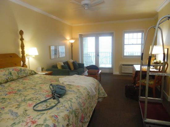 Inlet Inn: Room interior