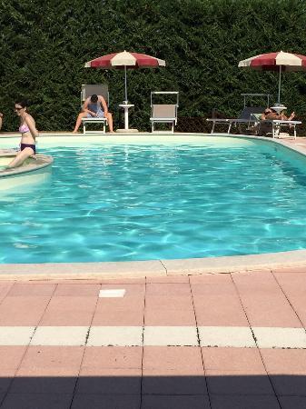 Agriturismo Papaveri e Papere : pool