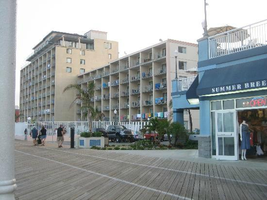 3 picture of quality inn boardwalk ocean city tripadvisor. Black Bedroom Furniture Sets. Home Design Ideas