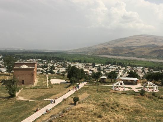 Uzgen, Kirgisistan: Вид с минарета
