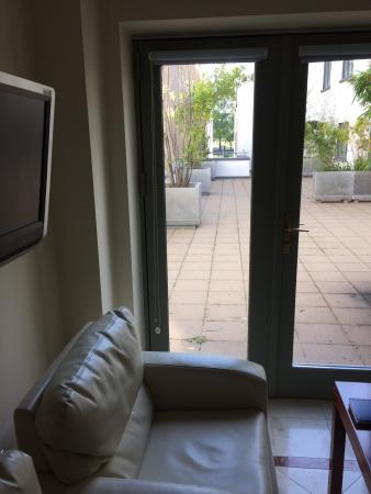 Park Place Apartments: Udsigt fra opholdsrum / køkken