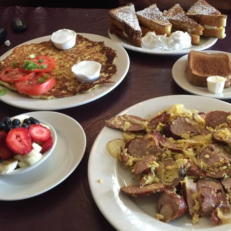Comfi: Hungry? No problem. Just come here. Best breakfast in Old Bridge, NJ