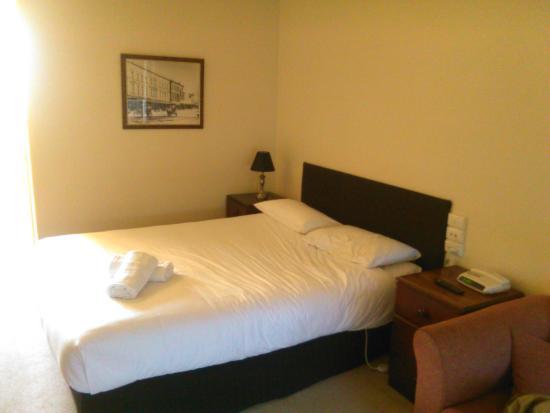 Ballarat Colonial Motor Inn and Serviced Apartments: Colonial Motor Inn, Ballarat:  Comfortable Beds  [July 2015]