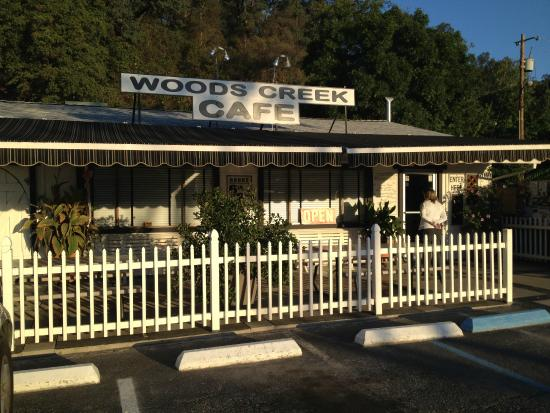 Woods Creek Cafe: Outside