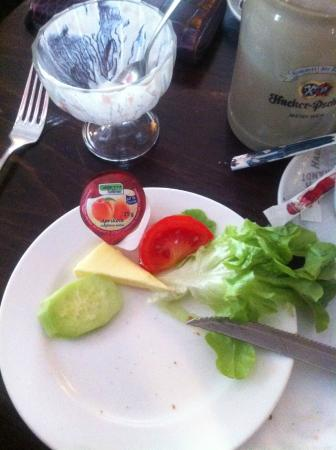 "Cafe Neuhauser: Das ""Fitness Frühstück"""