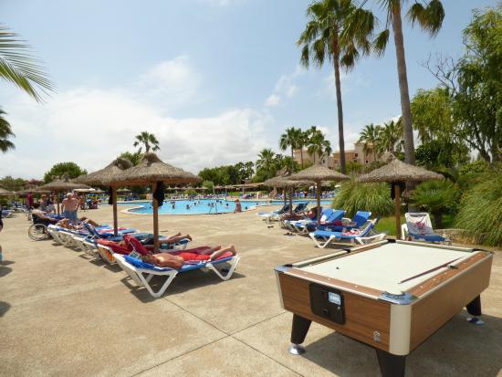 Garbi Cala Millor: Vista da piscina