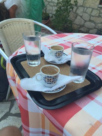 Villa Contessa: Abschiedskaffe